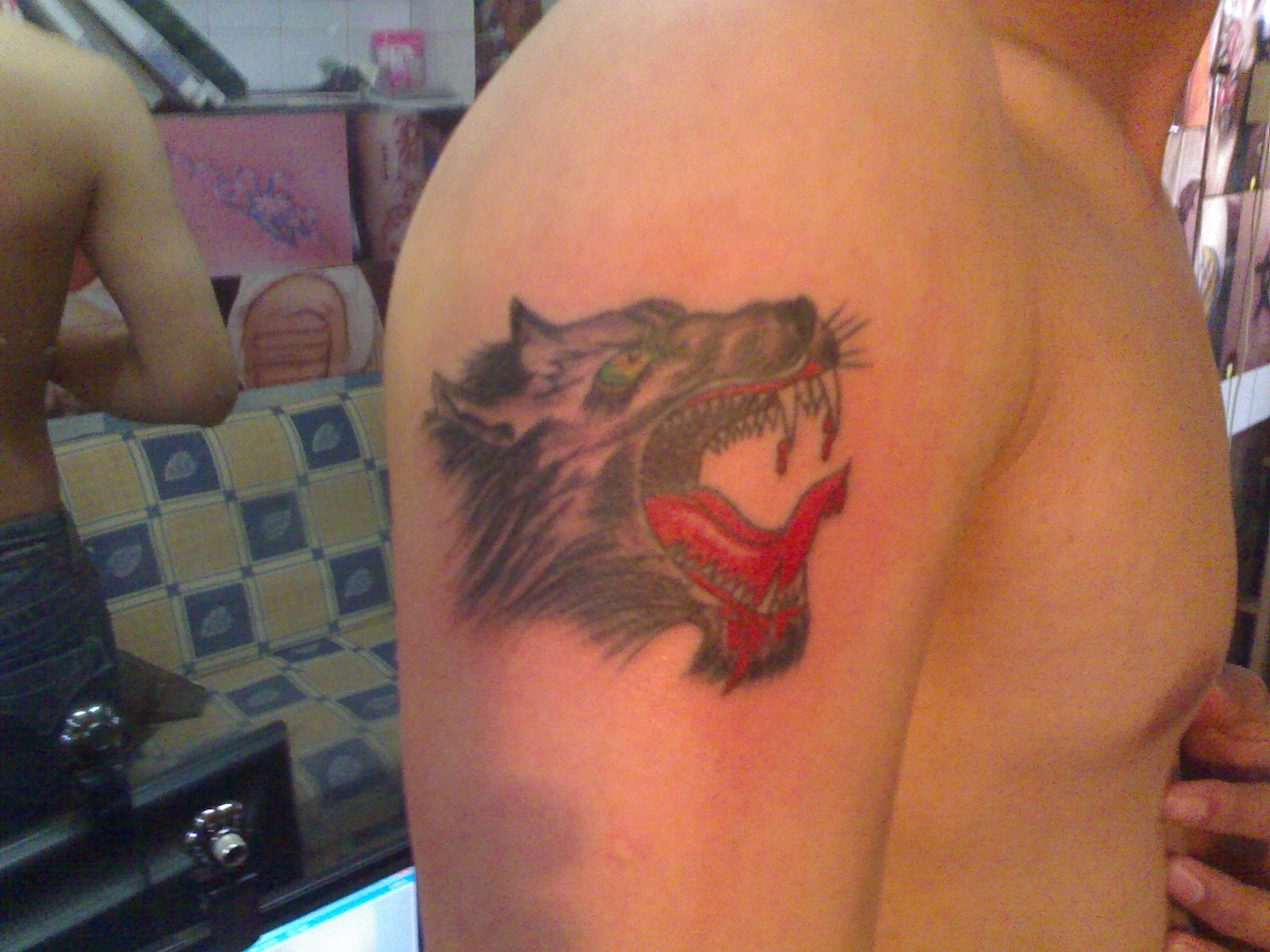 纹身和刺青(纹画刺青馆)
