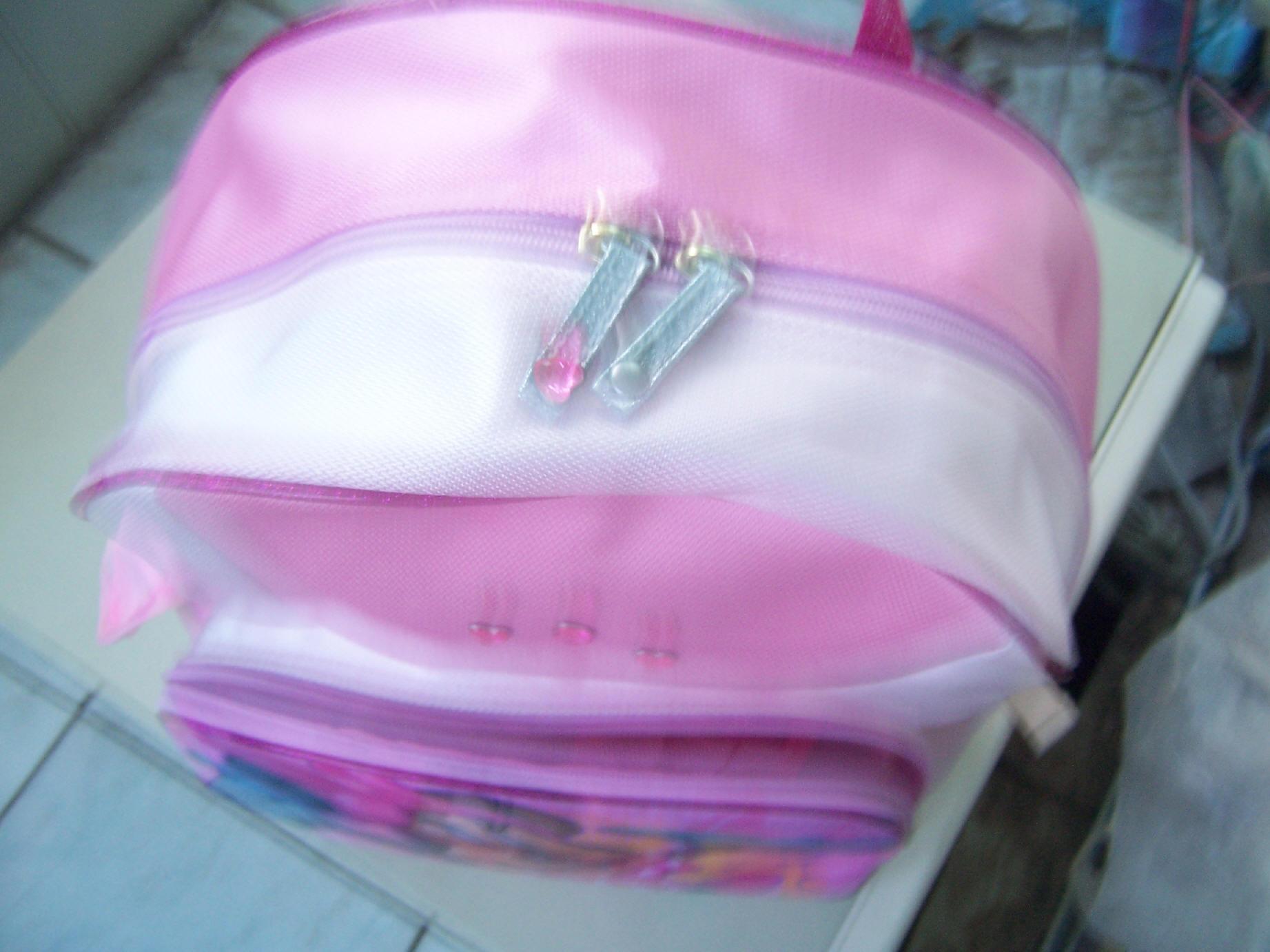批发和零售小学生背书包